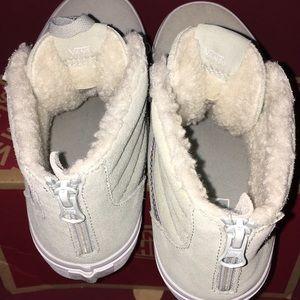 Vans Shoes - NWT Vans Girls Skate Shoes